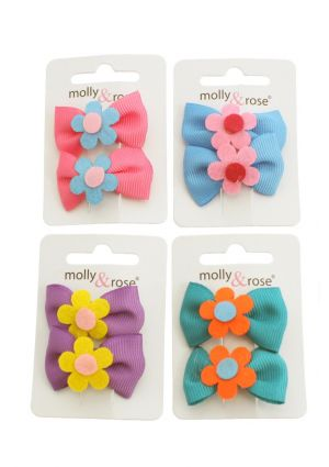 A Pack of 2 Ribbon Bow Hair Clips with Daisy Motif